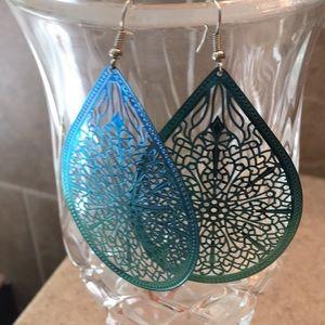 Jewelry - Metallic Dangle Earrings please bundle